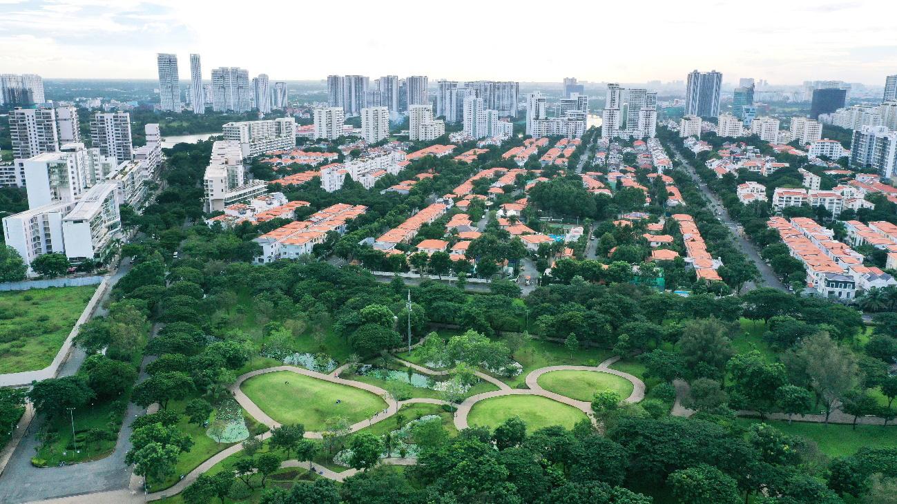 Khu đô thị Phú Mỹ Hưng với nhiều mảng xanh sinh thái.