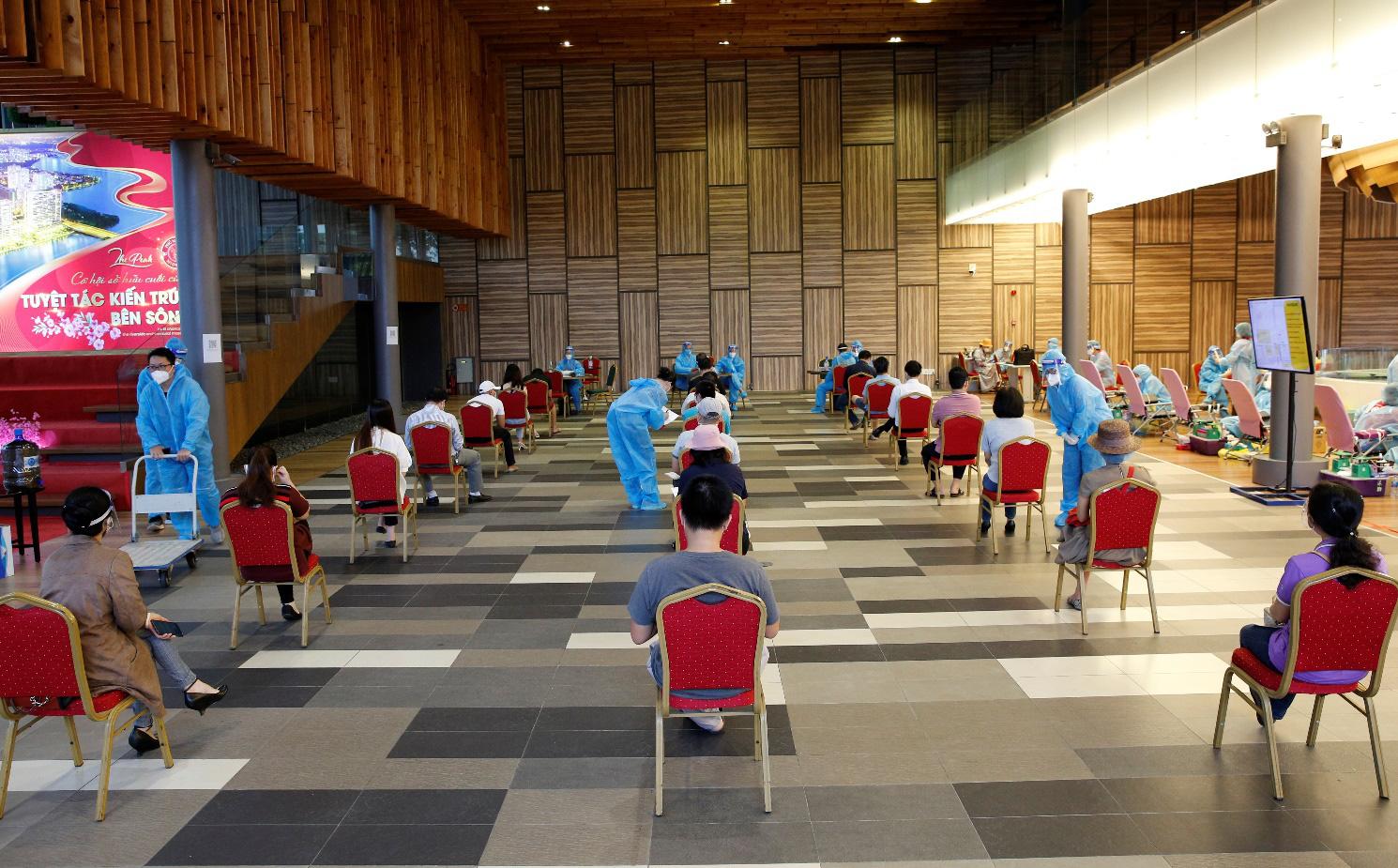 Trong 2 ngày diễn ra chương trình, có khoảng 600 người đăng ký tham gia hiến máu.
